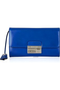 I want a bag in this color so desperately. Michael Kors, why must you be so much $$.
