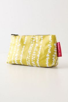 Bubbled Cosmetics Pouch - StyleSays
