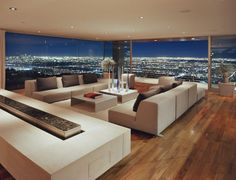 Luxury Home Apartment Penthouse overlooking City skyline