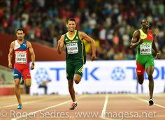 Wayde van Niekerk conquers the in Beijing Wayde Van Niekerk, 400m, Beijing, Champs, Running, World, Keep Running, Why I Run, The World