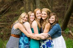 senior pictures with friends...love these ideas, could do with cousins?