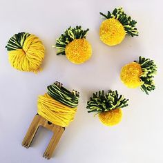 DIY Pineapple Pom Pom