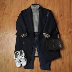 Where can I get a coat like this? Cute Fashion, Asian Fashion, Look Fashion, Fashion Outfits, Fashion Sets, Fall Fashion, Winter Outfits, Casual Outfits, Cute Outfits