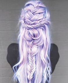 Inspiring Pastel Hair Color Ideas – My hair and beauty Dyed Hair Ombre, Dyed Hair Pastel, Dip Dye Hair, Dyed Blonde Hair, Dip Dyed, Vivid Hair Color, Hair Color Pink, Hair Color And Cut, Pink Hair
