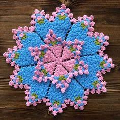Crochet Bedspread, Crochet Tablecloth, Crochet Doilies, Crochet Circles, Paper Flower Tutorial, Giant Paper Flowers, Crochet Granny, Knitting Designs, Crochet Patterns