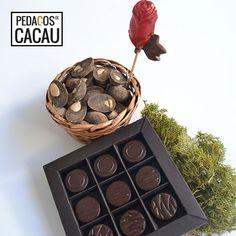 Cabaz para a Madrinha info@pedacosdecacau.pt Chocolate, Muffin, Cocoa, Bonbon, Chocolates, Muffins, Cupcakes, Brown