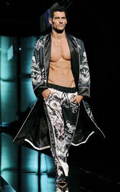 young david gandy on the catwalk David James Gandy, David Gandy Body, Fashion Models, Mens Fashion, Versace, Fashion Designer, Mannequins, Dandy, Gorgeous Men