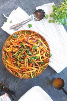 Moroccan carrot salad with cinnamon + orange dressing via Earthsproutcarrot salad