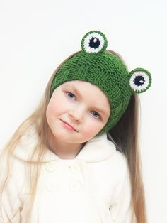 Ear Warmer Frog Headband Frog Head Wrap Girls Head Band Knit Headband Cute Spring Outfit Spring Accessories Green Frog Girls outfit USD) by Crochet Headband Pattern, Knitted Headband, Knitted Hats, Hat Crochet, Hand Knitting, Knitting Patterns, Crochet Patterns, Hat Patterns, Kids Headbands