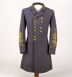 gray uniform frock coat that Gen. Robert E. Lee wore when he surrendered to Gen. Ulysses S. Grant on April 9, 1865, at Appomattox Court House,