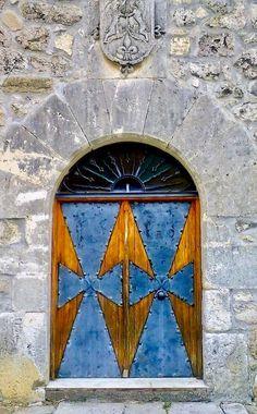 Colorful Blue and Gold Door and Entrance in Burgos Castile and León Spain & Santiago do Cacém Sétubal Portugal | Arquitectura | Pinterest ... Pezcame.Com