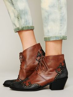 HOW CUTE ARE THESE!?  Jeffrey Campbell Bowery Ankle Boot http://www.freepeople.co.uk/whats-new/bowery-ankle-boot/