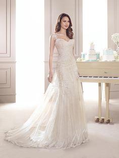 Vestido de Noiva de Fara Sposa (5629), corte evasé, decote coração