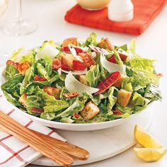 Salade César - Je Cuisine Avocado Toast, Cobb Salad, Grand Bol, Breakfast, Food, Drizzle Cake, Salads, Cooking Bacon, Lettuce Romaine