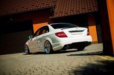 Mercedes C Class + felgi #JapanRacing JR-10, jak Wam się podoba? ---> www.rpmotorsport.pl