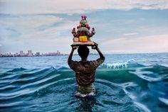 The Light of Faith – Steve McCurry's Blog - Mumbai, India