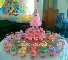 Vin's Cakes - Birthday Cake & Cupcake - Wedding Cupcake - Bandung Jakarta Online Cakes Shop: Barbie Cake & Cupcake