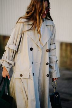 Womens Clothing Style and Ideas The post Womens Clothing Style and Ideas appeared first on Women Fashion Styles. Simple Outfits, Fall Outfits, Fashion Outfits, Womens Fashion, Holiday Outfits, Hijab Fashion, Fashion Styles, Fashion Design, Spring Summer Fashion