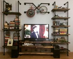 Musterimizden gelen tv unitesi ve kitaplik ürünümüz! Lambadaki kadar iddali masif mobilyada da geliyoruz! #mobilyatasarım #mobilya #kitaplik #raf #tvunit #tvunitesi #masifmobilya #dogalahsap #dogalahsapmasa #endüstriyelmobilya #industrialdesign #industrialfurniture #homedecor #homedesign