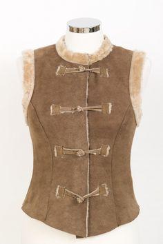 Rustic short merino sheepskin waistcoat gilet