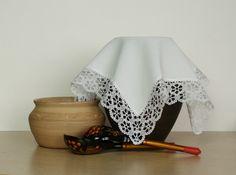 Bobbin lace ending, torchon style