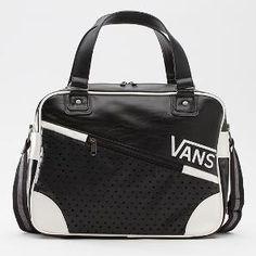 Product: Vindicate Retro Traveler Bag