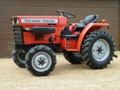 Small Tractors, Compact Tractors, Massey Tractor, Power Take Off, Final Drive, Garage Art, Diesel Fuel, Repair Manuals, High Quality Images