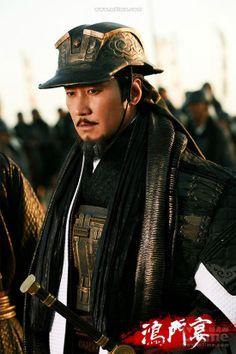 "Leon Lai as Liu Bang in Daniel Lee's ""White Vengeance"" aka ""Feast at Hong Gate"" (鴻門宴, 2011) #hanfu"