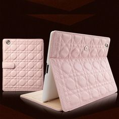 #Moonrise #Pink #Lady (#Matte #Leather) #iPad #Case #Apple #smartcover #best #fashion #design