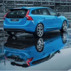 """The wheels of the #Volvo S/V60 #Polestar have been named as one of the """"Best-Looking Factory Wheels You Can Get Right Now"""" by Road & Track Magazine, read more at: roadandtrack.com"""