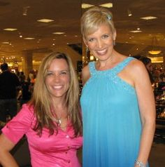 Hanging with Mari Smith at Nordstrom eWomen Event Small Business Marketing, Social Media Marketing, Online Business, Coaching, Nordstrom, Digital, Fashion, Training, Moda