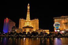 Las Vegas - Die Spielerstadt in Nevada mit Casinos und Hotels Paris Las Vegas, Las Vegas Hotels, Paris Hotels, Las Vegas Flights, Las Vegas Usa, Las Vegas City, Las Vegas Nevada, Vegas Fun, Best Vacation Spots
