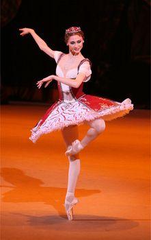"""Svetlana Zakharova as Medora in """"Le Corsaire"""" (Bolshoi Ballet). Photo: Andrei Melanyn"""