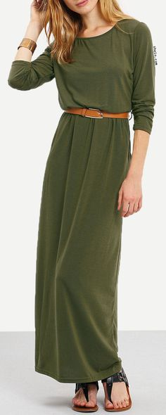 Outfitted with a maxi length, and a brown belt on the waist, this dress is already an easy day-off essential. But what makes it more special is its army green color , From lounging on the beach to strolling down the strand, this dress will make you undeniably choice.