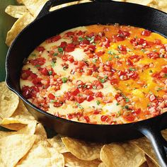 Our authentic Chile con Queso recipe is a deliciously melty and flavorful dip that is guaranteed to satisfy all of your guests. Serve with your favorite tortilla chips for a great, homemade appetizer! Great Recipes, Favorite Recipes, Bhg Recipes, Copycat Recipes, Yummy Recipes, Soup Recipes, Fondue, Mexican Food Recipes, Ethnic Recipes