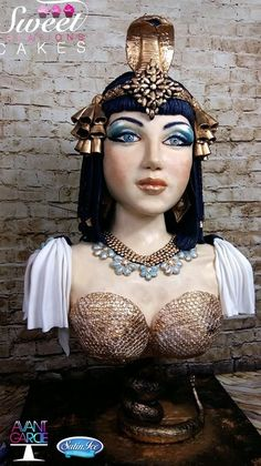 Avant-garde cake collaboration : Cleopatra