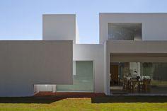Casa Migliari Guimarães / DOMO Arquitetos
