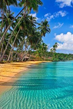 Caribbean beaches, a share moments