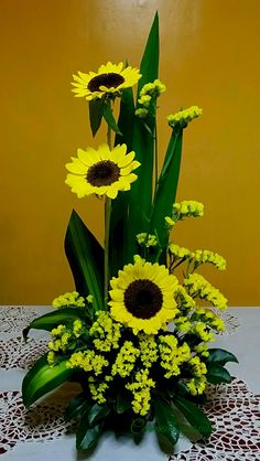 Beautiful Sunflower Arrangement Center Pieces Easy To Ma.- Beautiful Sunflower Arrangement Center Pieces Easy To Make It Guardar -