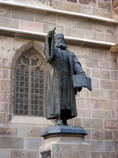 Johannes Honterus Statue - Black Church in Brasov, Romania Brasov Romania, Black Church, Travel Set, Eastern Europe, European Travel, Traveling By Yourself, Lion Sculpture, Statue, Bulgaria