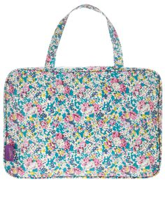 Claire Aude Print Tana Lawn weekend wash bag #GiftsForHer #CrackingLibertyChristmas Liberty Gifts, Luxury Branding, Branding Design, Liberty Print, Liberty Of London, Wash Bags, Cosmetic Bag, Claire, Traveling By Yourself