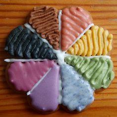 Looduslikult värviline piparkoogiglasuur