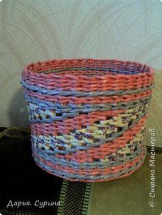 Поделка изделие Плетение Мои первые работы Бумага газетная фото 6
