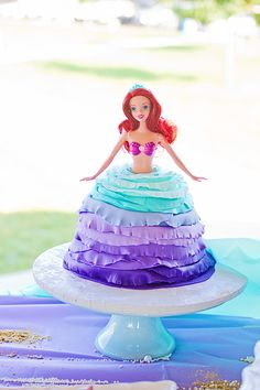 Sophia's Little Mermaid Under the Sea 4th Birthday Party - Totally pinning my own party right now :)