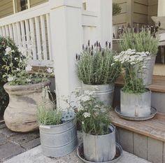 Best Farmhouse Style Ideas 10 – DECOREDO