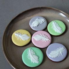 Springtime feathers