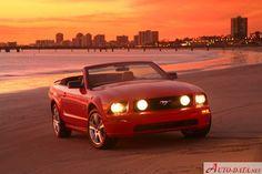Ford Mustang Convertible V