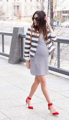Stripes on stripes #maternitystyle #stylishpregnancy #stripes