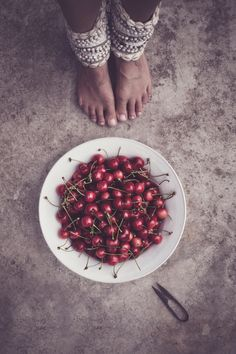 Cherries & Shadows Photography   by Honeypieliving #foodography #foodstyling