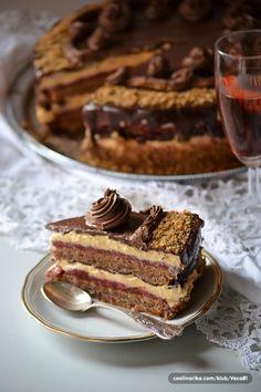 kapri torta Cake Cookies, Cupcake Cakes, Hungarian Cookies, Croation Recipes, Sweet Recipes, Cake Recipes, Serbian Recipes, Torte Cake, Cakes And More